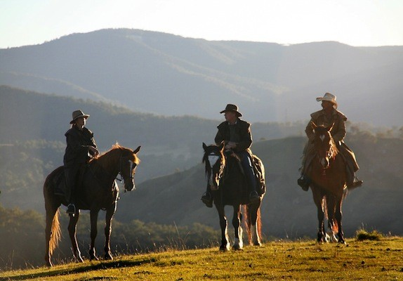 Blue Mountains horse riding
